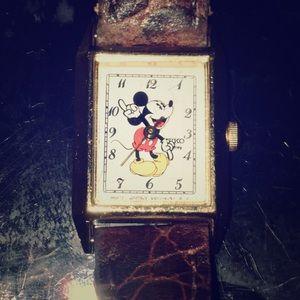 Vintage Mickey Mouse Seiko Ladies Watch